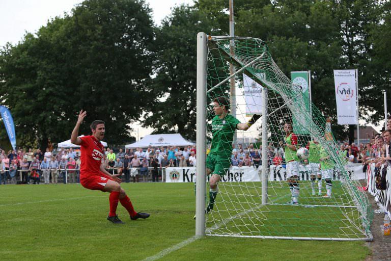 Finale im Krombacher Pokal Baden FCA Walldorf - FC Noettingen. 20.05.2014 -