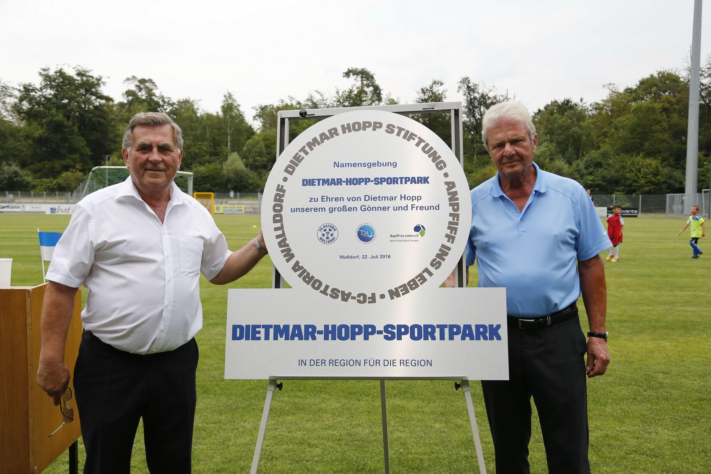 Walldorf. Namensgebung des FCA Stadions in Dietmar - Hopp Sportpark. 22.07.2016 - Helmut Pfeifer.