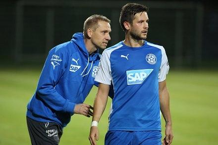 Regionalliga Suedwest Saison 2014/2015 Hier FC Astoria-Walldorf gegen FC 08 Homburg. Hier Nico Hillenbrand mit Trainer Matthias Born.   26.09.2014 - Helmut Pfeifer