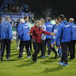 Fussball. DFB-Pokal, 2016-2017, 2. Runde. FC Astoria Walldorf - SV Darmstadt 98. Ingrid Kempf Frau von Praesident Willi Kempf kann es nicht fassen. 26.10.2016 -